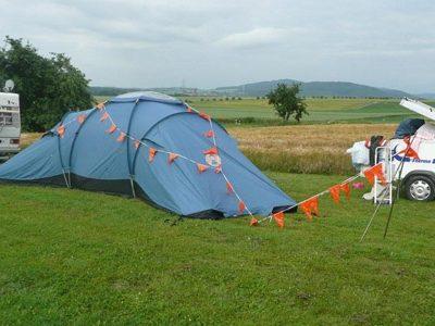 Onze tent waar we in kamperen als we naar een show gaan